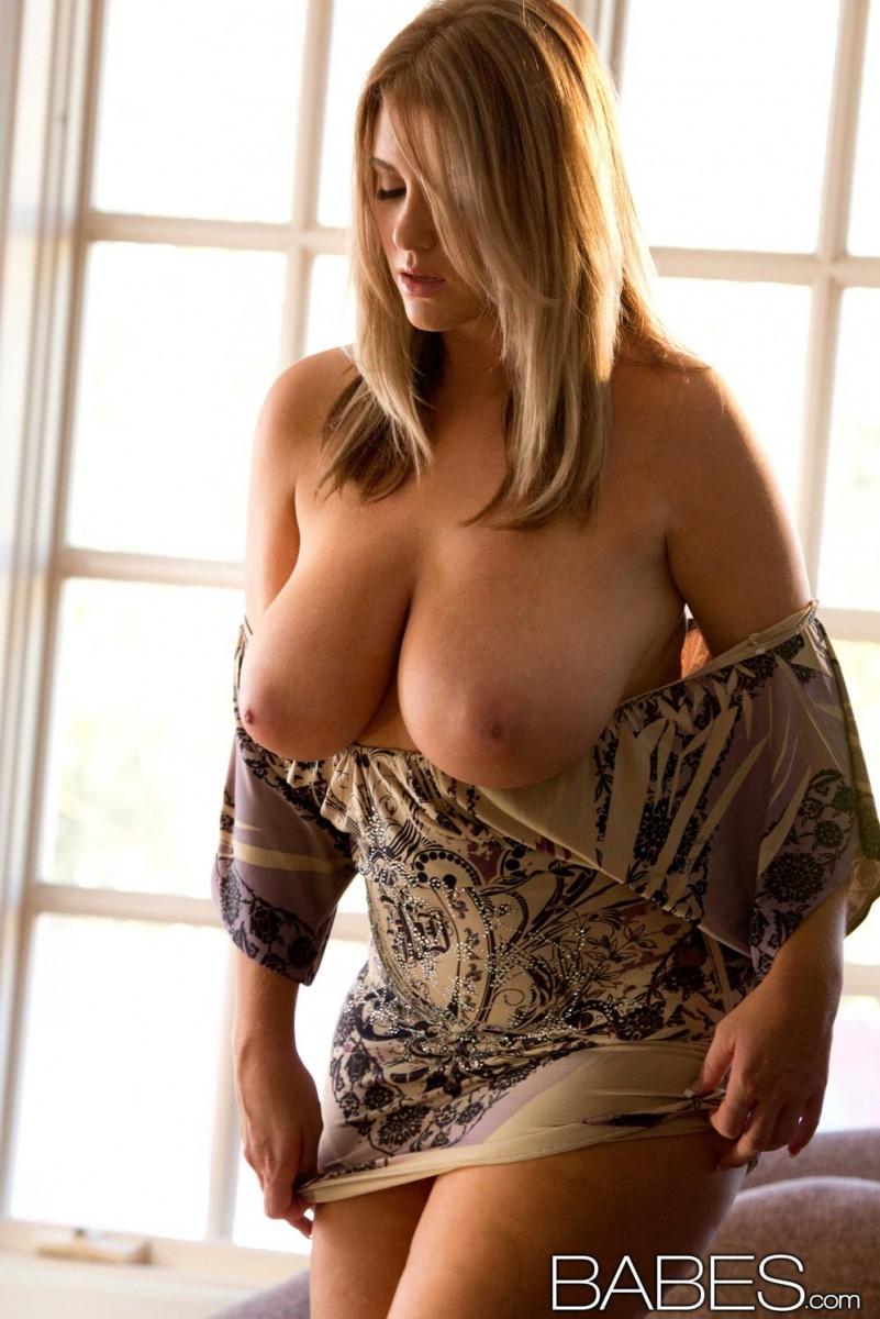 Nude babs in police uniform-2346