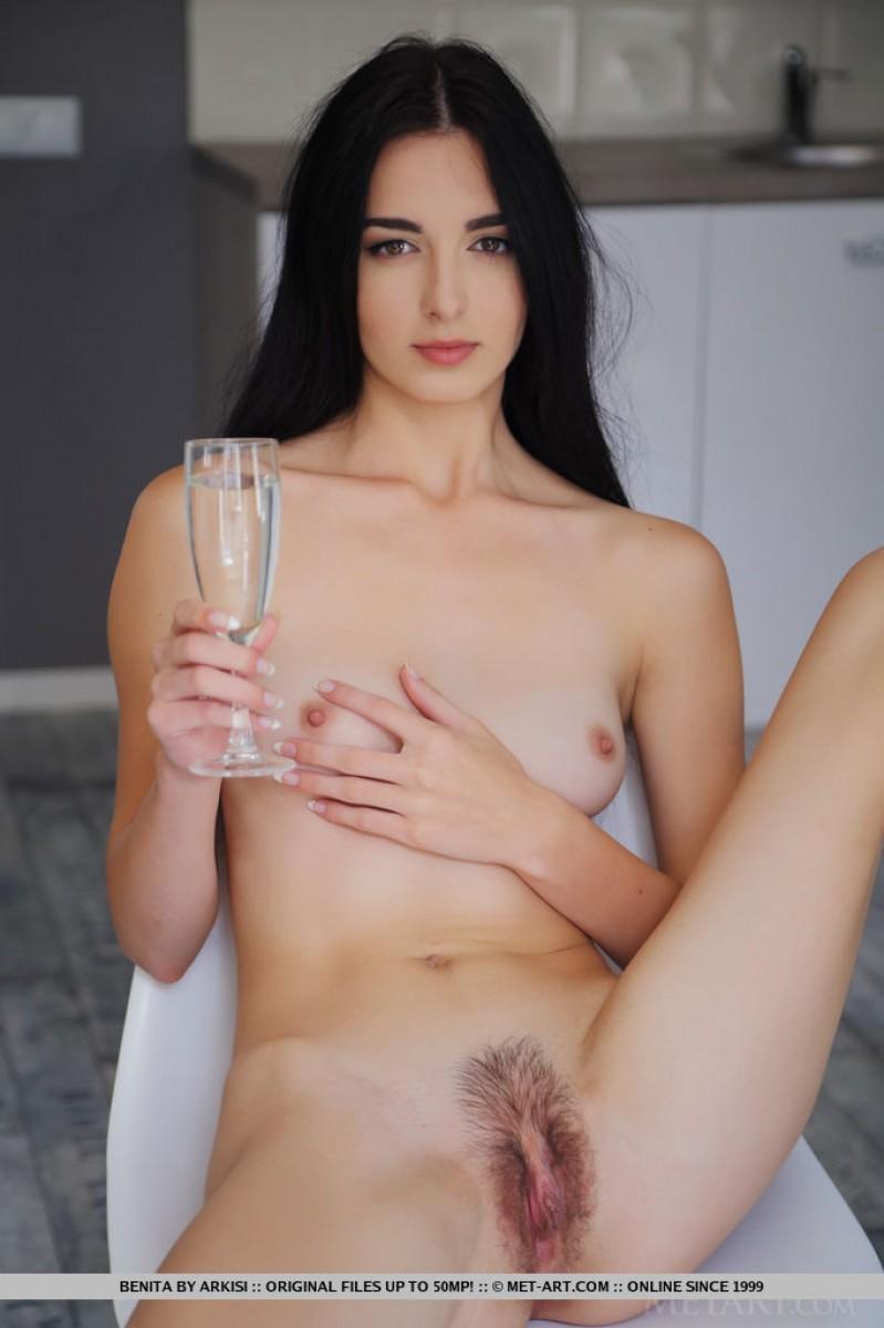 Art brunette natural nude