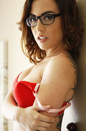 roxanne-rae-strips-off-her-red-lingerie