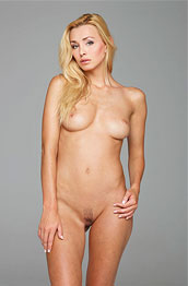 perfect-nude-blonde