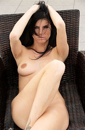 eileen-sue-naked-and-casual