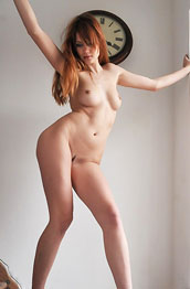 kamila-hermanova-stairway-striptease