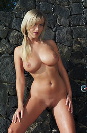 busty-blonde-chikita