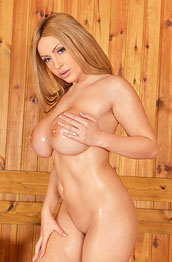 anastasia-sweet-oiled-and-naked