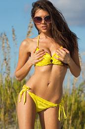 brittany-marie-in-a-cute-yellow-bikini