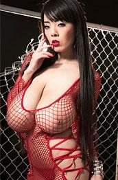 hitomi-tanaka-red-mesh