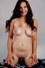 kalisha-marie-big-tits-in-lingerie