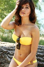 stella-xo-in-a-yellow-bikini