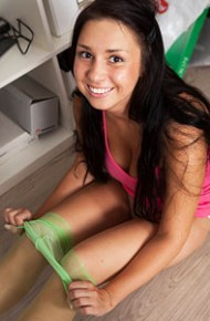 aubrey-paige-in-green-pantyhose