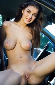 evita-lima-naked-in-a-car