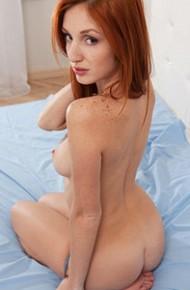 red-fox-teasing-naked-in-her-bedroom
