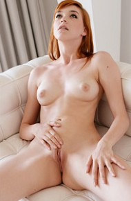 anny-aurora-naked-red-hot-model