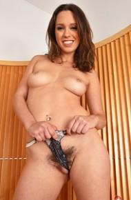 jade-nile-strips-off-her-lingerie