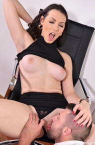 sarah-highlight-hot-office-sex