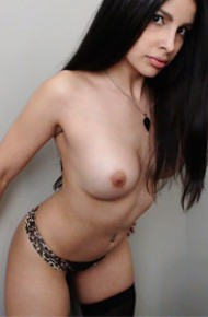 busty-topless-cam-model