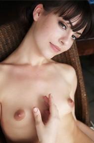 lorena-garcia-dark-brunette-spreads