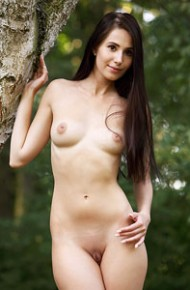 vanessa-angel-naked-forest-queen