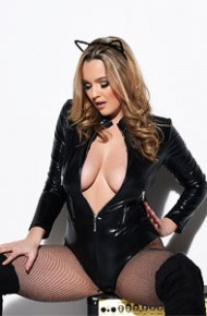 jodie-gasson-in-a-sexy-catsuit