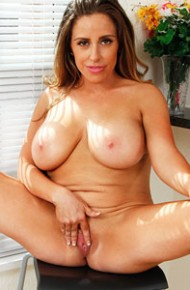 sienna-lopez-exotic-busty-cougar