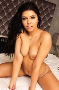 Cara De La Hoyde Shows Pierced Tits