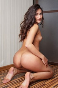 Cira Nerri Naked on the Floor