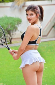 Sporty Babe With a Sexy Ass