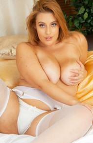 Busty Ellie in White Stockings