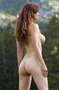 Busty Susann Naked in the Big Outdoors