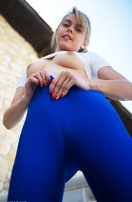 Chloe Toy in Sexy Blue Leggings