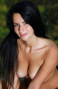 Lola Marron Tanned Titties
