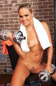 Barra Brass A Naked Workout