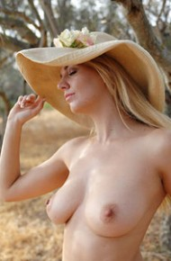 Hayley Coppin Naked With a Big Hat