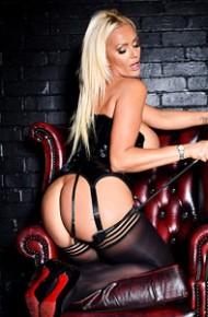Lucy Zara Kinky Milf