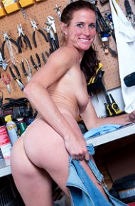 Sofie Marie Naked in a Garage