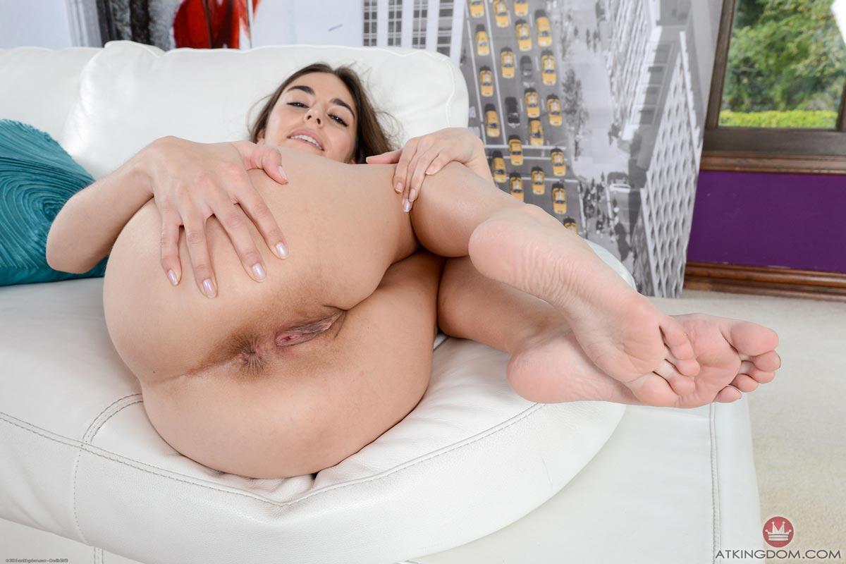 Mardi gras tits