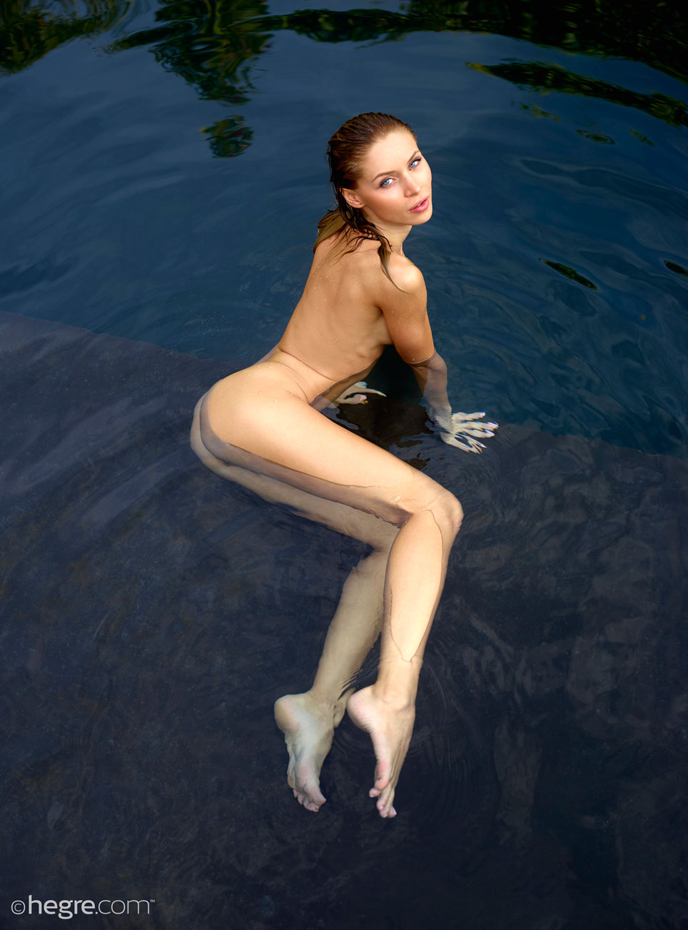 Erotic pictures of skinny dipping