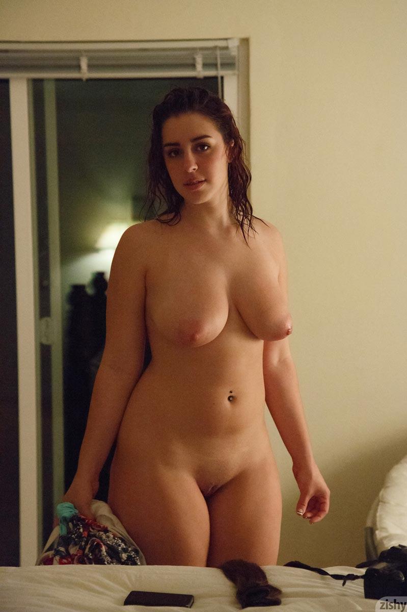 Amateur Brunette Porn