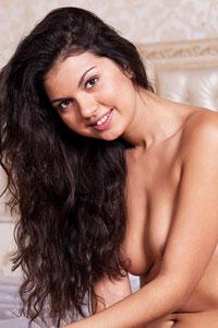 Dasha L Perky Nude Brunette