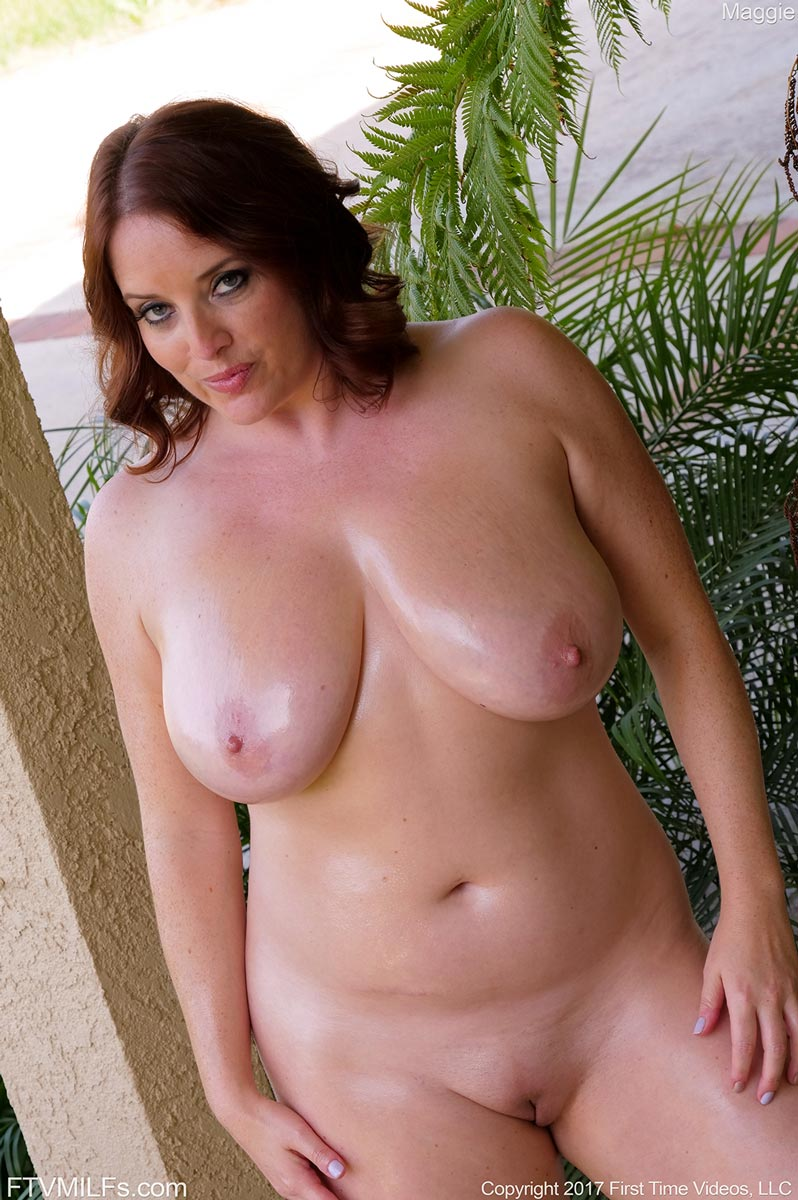 All natural maggie green gives happy ending bj