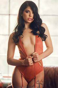 Gina Valentina Sexy Striptease