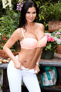Jasmine Jae Topless in White Jeans