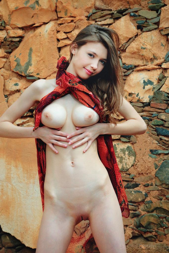 Angelina busty goddess