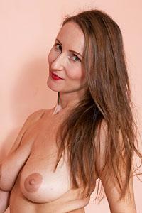 Alena K Busty Horny Housewife
