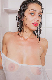 Exotic Belle Wood in the Shower