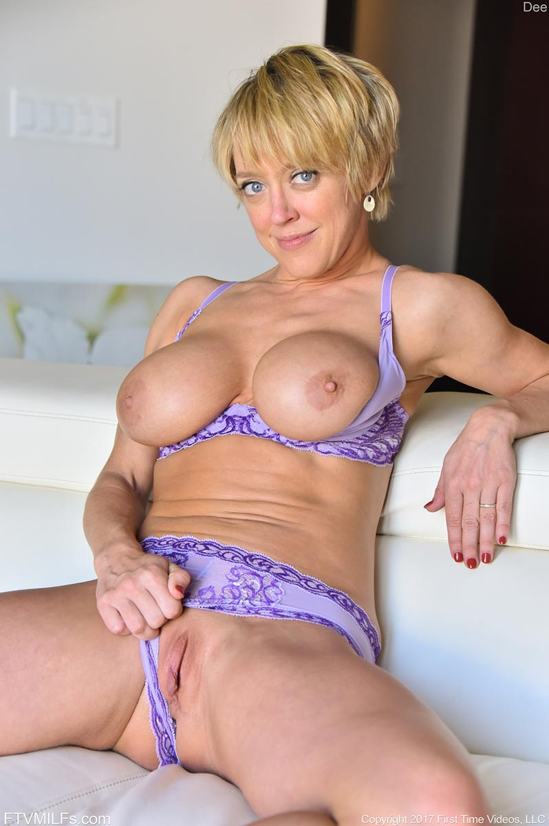 Athletic Milf Dee In Purple Lingerie-4357