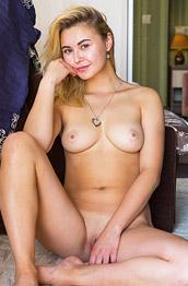 Alina Naked Euro Blonde Shows Pink