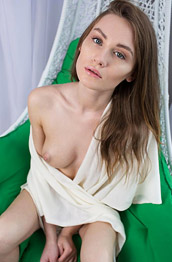Gerda Y Leggy Model With Perky Tits