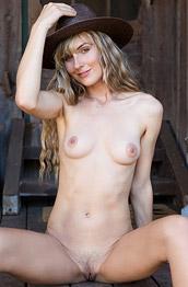 Jennifer Love Woodland Hideaway