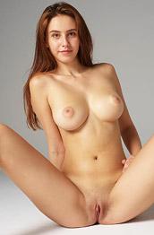 Alisa Perfect Figure On Display