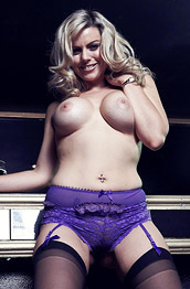 Kate Banks Strips in the Club